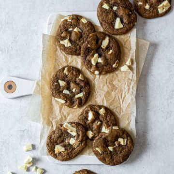 coffee cookies with white chocolate chunks