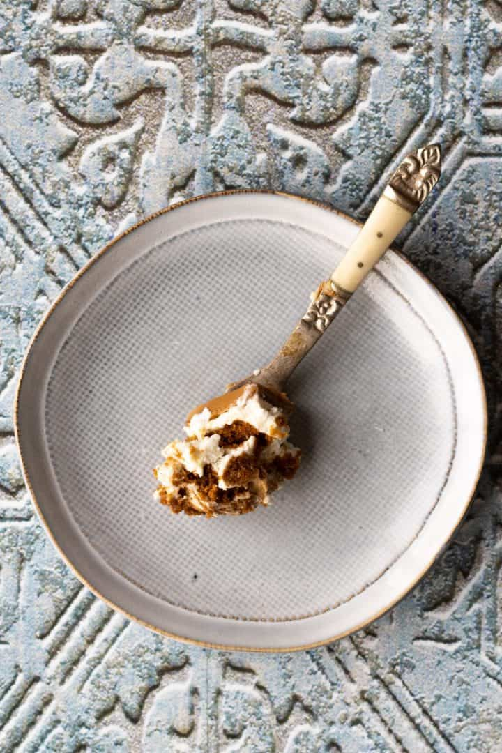 piece of biscoff cheesecake recipe on a fork